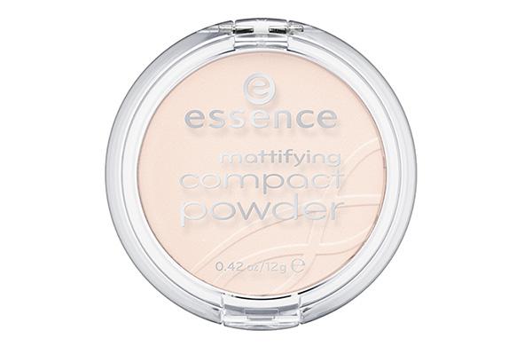 essence mattifying compact powder #11.jpg